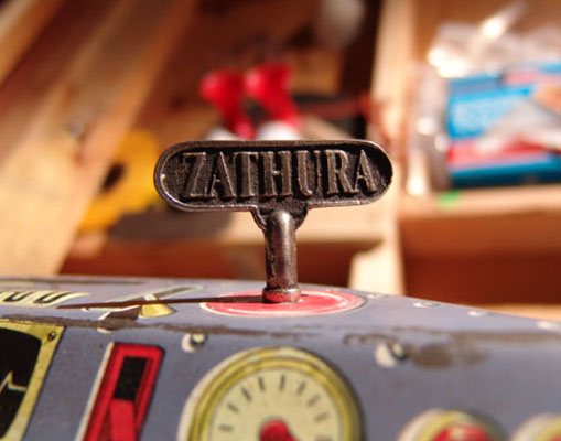 Zathura: Game Wind-up Key